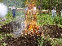薪焚き人養成:鍛冶炭つくり