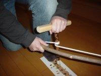 ユミギリ式発火具の使い方。