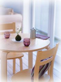 ナチュラルキッチン テーブル