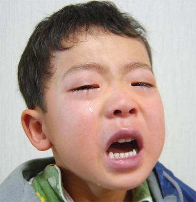 登園拒否の涙 20050328