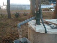 井戸ポンプ(主人製作)