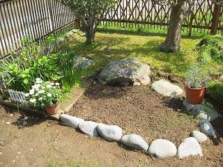 ミニ花壇2