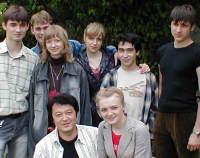 ロシア国立貿易大学の学生達と