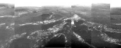タイタン上空写真