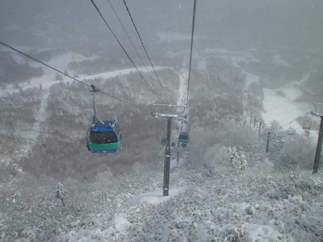 志賀高原焼額山 04年12月
