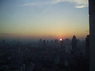 バンコクの夜明け