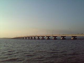 コッコンの橋