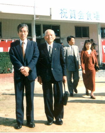 自衛隊第13師団祝賀会に飛子大郎氏と出席