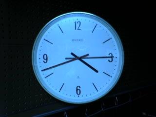QAB編集室時計
