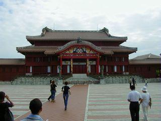 首里城正殿。きれいですねぇ。