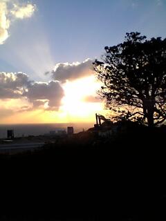 夕日が見える丘