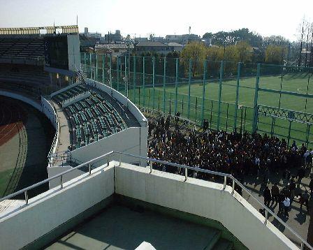 駒場・JFA後援会員は無視して入り口で署名だけで入場可能